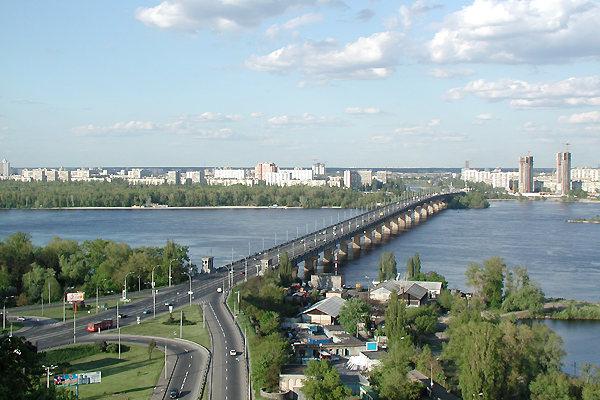 Ремонт на мосту Патона обіцяють закінчити 31 липня