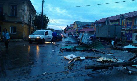 Жахливий ураган пронісся над Львівщиною (ФОТО)